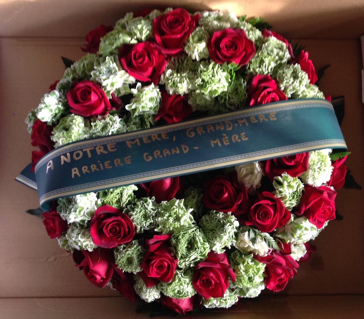 Couronne de fleurs enterrement par Azur Rose à La Crau Toulon Var