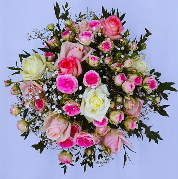 composition-florale-fleurs fraiche Azur-Roses dans le Var