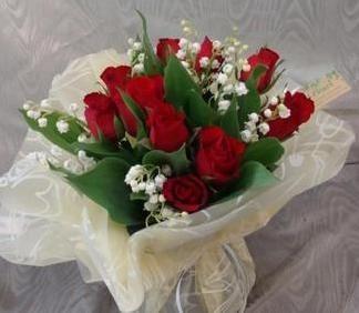 bouquet muguet et rose par producteur Azur Roses Toulon Var